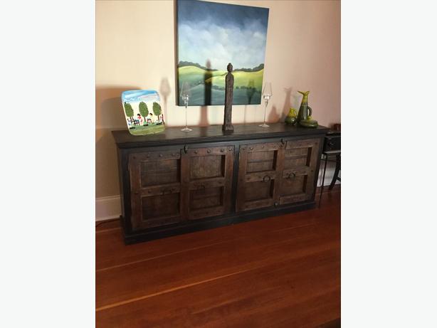 Beau Dinning Room/living Room Show Piece