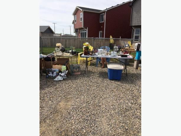 Moving / Yard Sale
