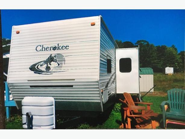 2005 Cherokee Trailer