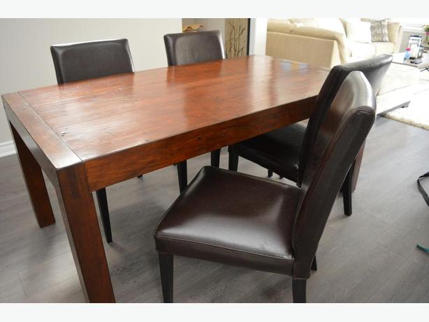 Urban Barn Post Rail Dining Table And 4 Chairs