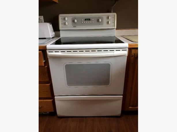 Flat Top Stove ~ Reduced price kenmore flat top stove north regina