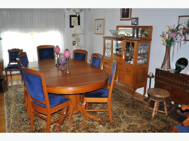 Solid oak Edwardian dining-room set, seat 6, 3 leaves