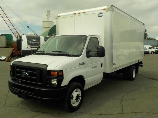 2011 Ford Econoline E-450 16 Foot Cube Van