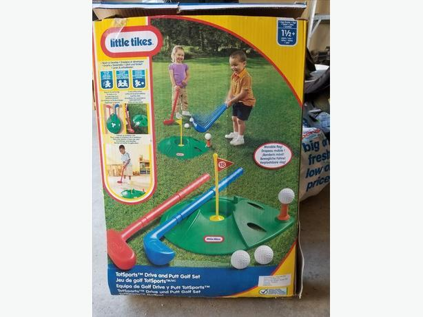 Little Tikes Drive and Putt Golf Set