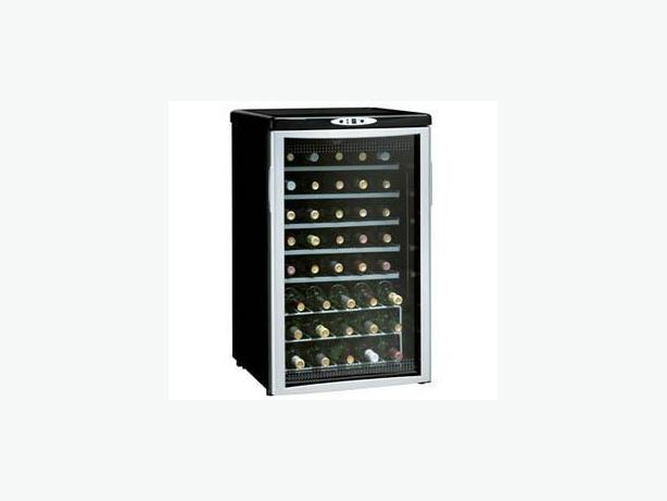 Danby 40 bottle Wine Cooler / Wine Fridge