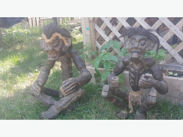 Vtg  Wood Carved Statue 2 Figurines