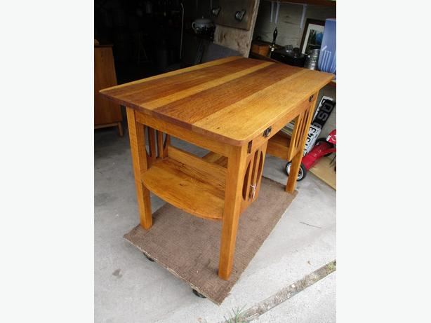 ESTATE EARLY 1900 OAK LIBRARY TABLE
