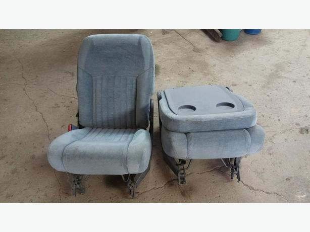 95 transport rear seats