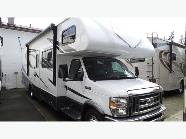 2017 Forest River Forester Ford Chassis 2861DS -