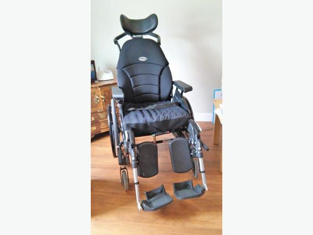 EMINEO Tiltling Wheelchair