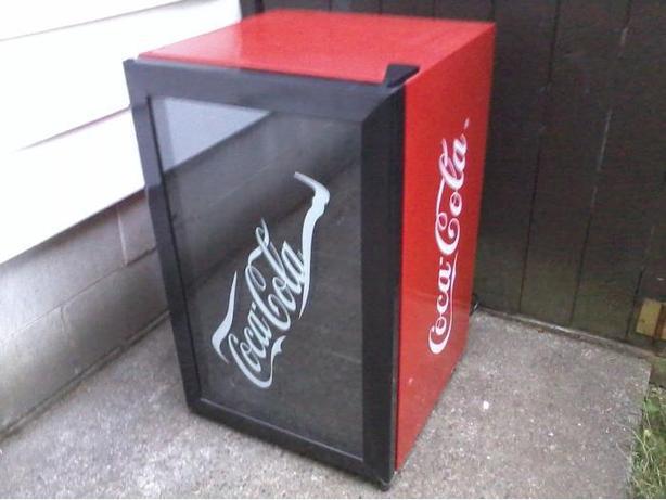 Coke Fridge / Display Cabinet