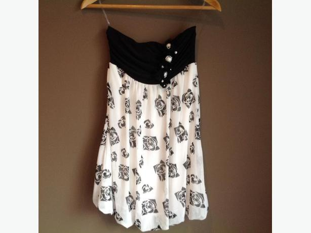 Strapless Dress - sz S