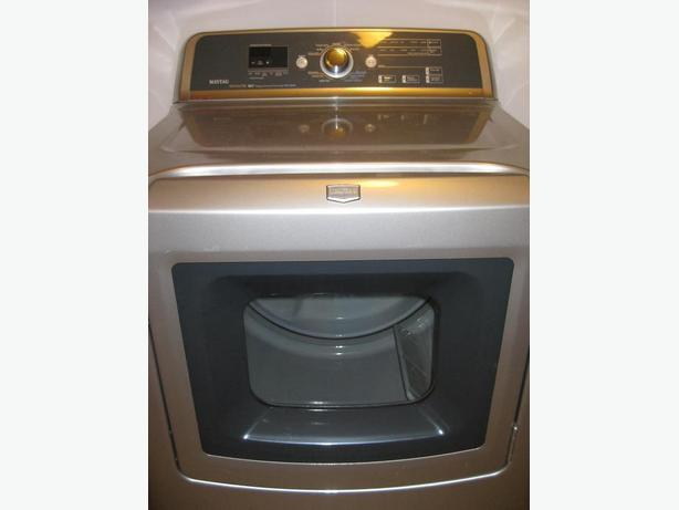 Almost New Dryer. Steam Option. Highly Efficient. Extra Large
