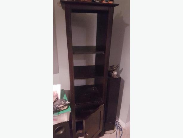 Stand up cupboard shelf