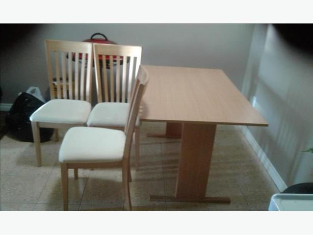 Wood kitchen table and 3 chairs