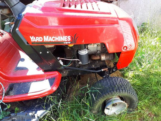 yard machine by mtd lawn tractor