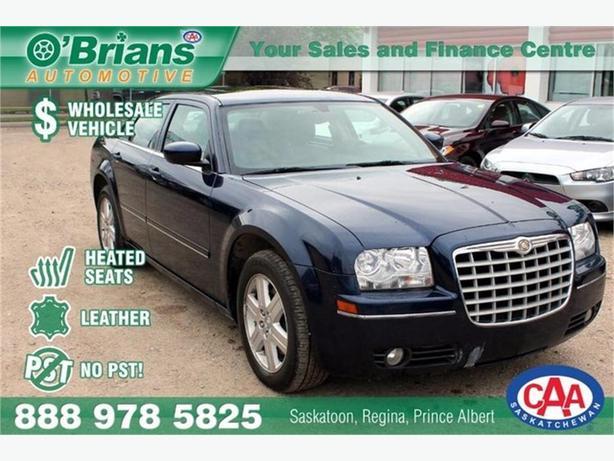 2005 Chrysler 300 Wholesale Unit, No PST! w/Leather