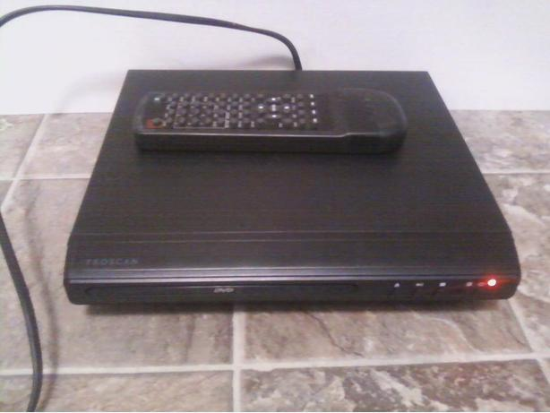Proscan DVD player with remote
