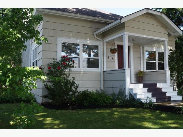 Beautifully Updated Character House - Centrally Located in Nanaimo