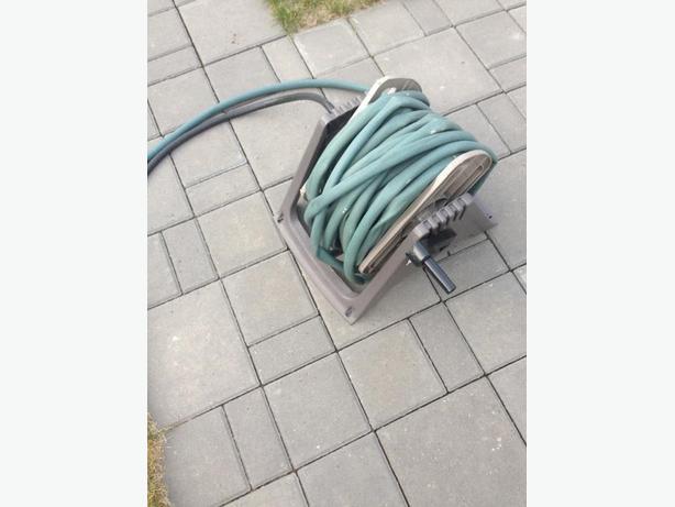Garden hose and windup reel