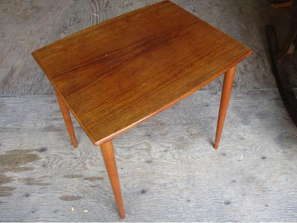 ESTATE MID CENTURY TEAK END TABLE