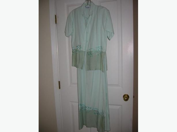 BRAND NEW LINEN BLEND ALL-OCCASION EMBROIDERED DRESS & JACKET