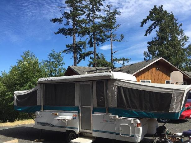 1996 coleman tent trailer