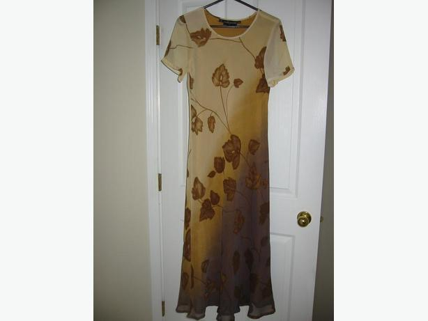 BRAND NEW $250 FULL-LENGTH FORMAL OR CASUAL FULLY LINED DRESS