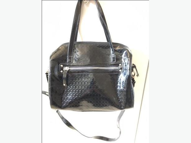 NINE WEST SHINY BLACK HANDBAG/PURSE &MATCHING WALLET FROM THE BAY