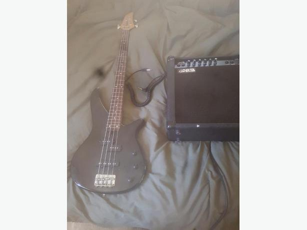 yamaha bass guitar with amp