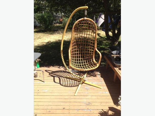 Retro hanging chair