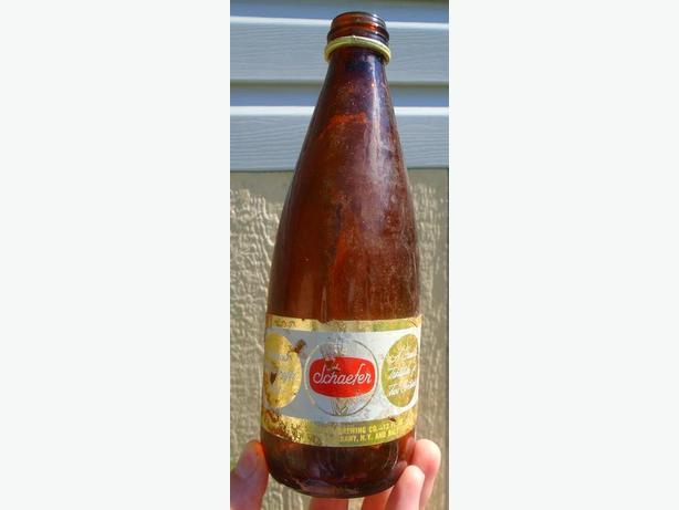 VINTAGE 1967's SCHAEFER BEER (12 oz) PAPER LABEL BOTTLE