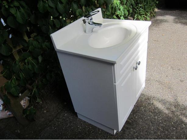 Vanity, sink and tap