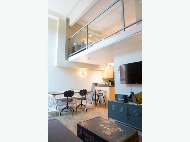 Furnished heritage loft downtown, available Oct 1st or Nov 1st
