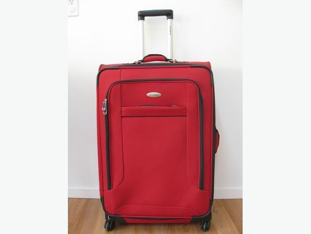 Samsonite spinner 27""
