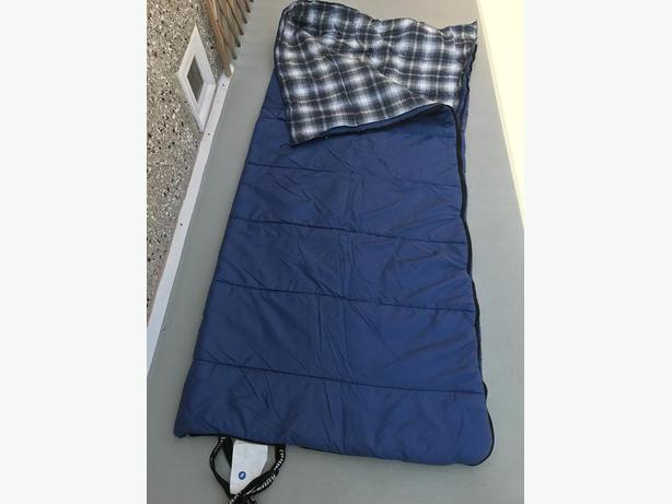 Camping Adventures Adult Assorted Sleeping Bag Excellent