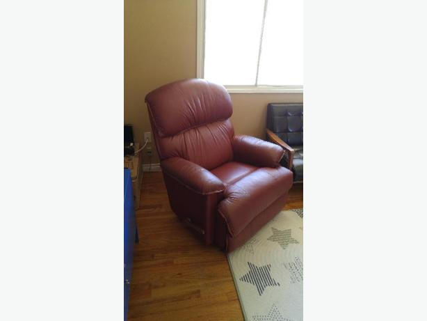 lazyboy recliner(leather)