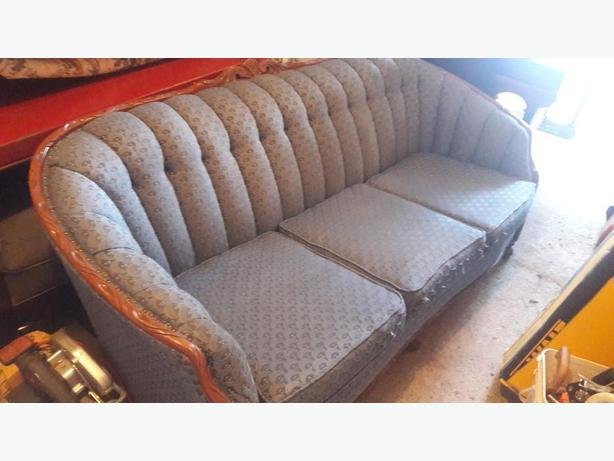 ANTIQUE COUCH / SOFA WITH MATCHING CHAIR