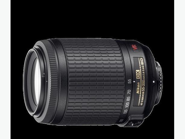 Nikon AF-S DX VR Zoom-Nikkor 55-200mm f/4-5.6G IF-ED