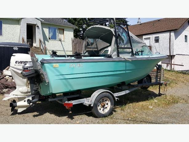 17.5 ft boat 90hp evenrude etec