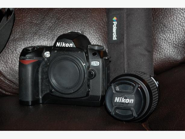 Nikon D70 Digital SLR Camera