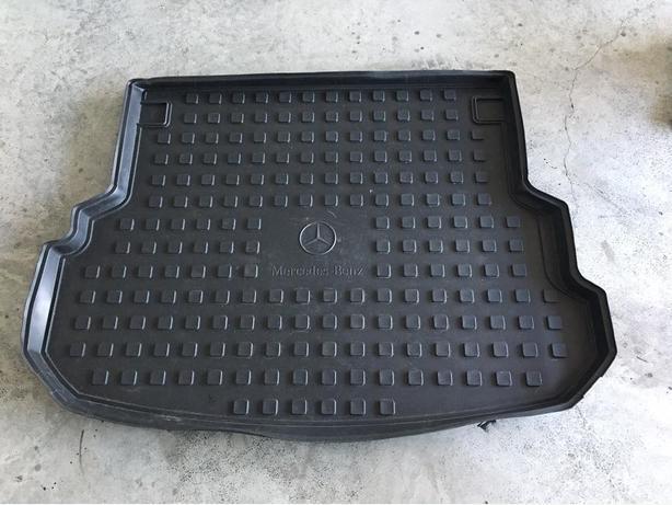 Mercedes GLK 350/250 Rubber Cargo Mat