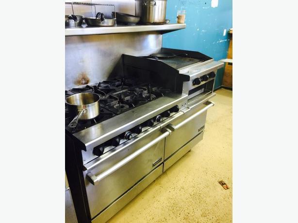 6 burner gas range with 2 ovens, grll and salamander