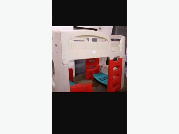 2 step Little Tyke bunk bed