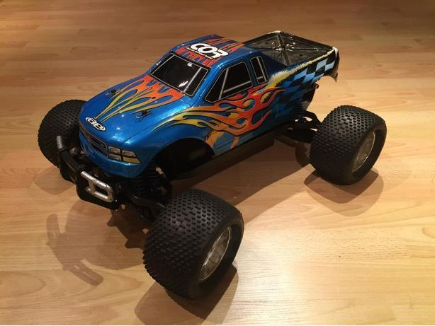 AE MGT 4.6 1/8 Scale Nitro Monster Truck