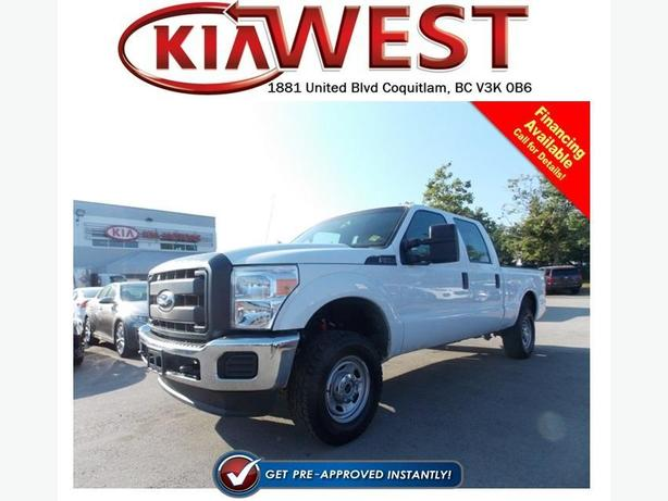 2015 Ford F250 XL Super Duty Crew Cab 4X4
