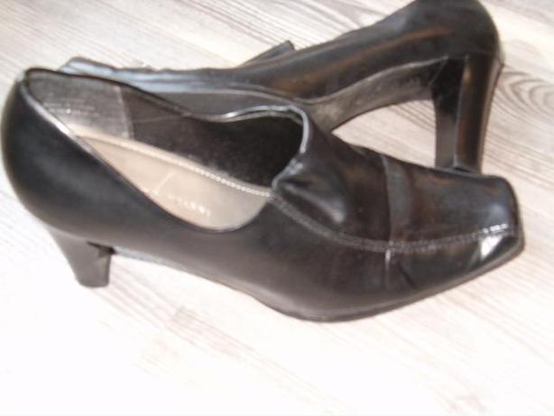 woman shoes  size 8, Roberto  Vianni
