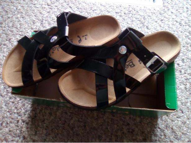 1d9a9bd8e007 Brand New Black Betula Sandals by Birkenstock - size US 7 (EU 37 ...