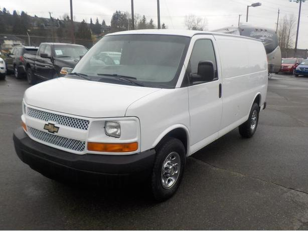 2008 Chevrolet Express 2500 Cargo Van with Shelving