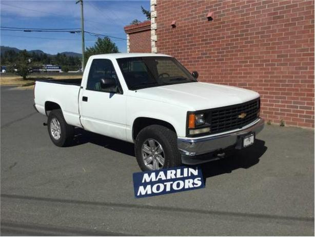 1993 Chevrolet Silverado 1500 Reg. Cab 6.5-ft. Bed 4WD
